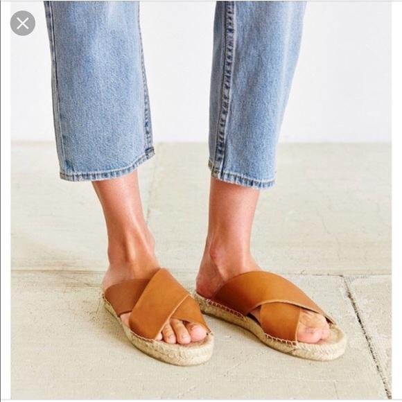 1099651863e Soludos Leather Criss Cross Espadrille Sandals EUC